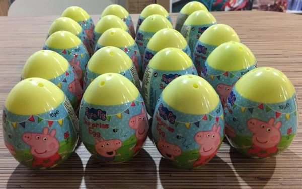10 pcs Peppa Pig Plastic Surprise Eggs (Candy Expired Only)
